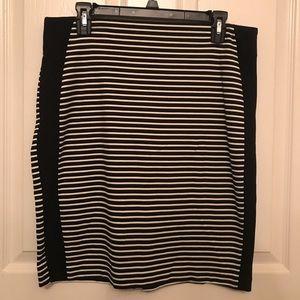 Black & white striped stretch pencil skirt, size L